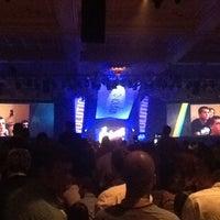 Снимок сделан в The Mirage Convention Center пользователем Michael A. 4/5/2013