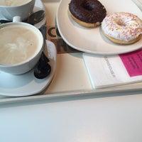 Das Foto wurde bei Coffee House von Dmitriy A. am 2/23/2015 aufgenommen