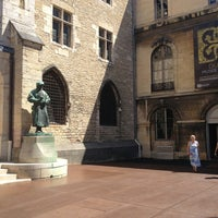Foto diambil di Musée des Beaux-Arts oleh Mikhail S. pada 7/24/2013