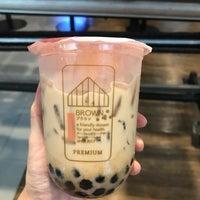 Foto scattata a Brown Café da Aey il 9/13/2018