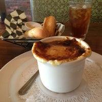 Photo taken at Mimi's Café by Highern C. on 5/28/2013