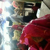 Photo taken at Giant Klebang by Sheryana M. on 11/24/2012