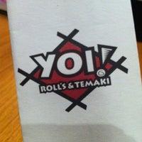 Foto tirada no(a) Yoi! Roll's & Temaki por Brigitte em 12/16/2012