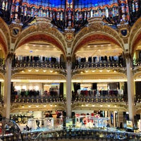 Photo taken at Galeries Lafayette Haussmann by Andre S. I. on 4/23/2013