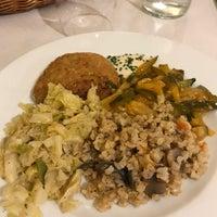 Foto tomada en Restaurante Vegaviana por Manuel B. el 11/29/2017