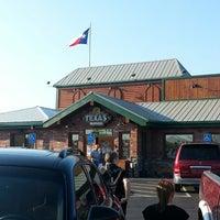 Photo taken at Texas Roadhouse by Alexis on 7/23/2013