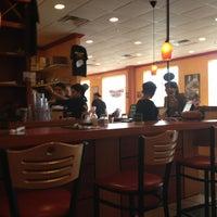 3/31/2013 tarihinde FitHealthySoul T.ziyaretçi tarafından Coney Island Diner'de çekilen fotoğraf