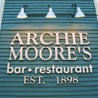Photo taken at Archie Moore's by LeoWasHere on 10/30/2012