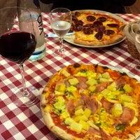 Photo taken at Pizzeria Messina by Cihan on 2/12/2017