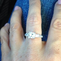 Photo taken at Kay Jewelers by jenny m on 10/3/2014