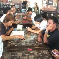 Photo taken at ลาบเมืองป้าว by Jedsada on 6/6/2016
