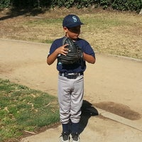 Photo taken at Bellevue Recreation Center by Joe A. on 4/20/2013