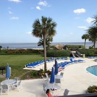 Photo taken at Beach Club Hotel Saint Simons Island by Marylee V. on 4/25/2013