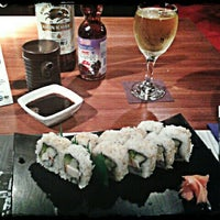 Photo taken at Sushi Itto by Paola G. on 10/21/2012