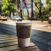 Foto tomada en Starbucks por Ando el 3/4/2013