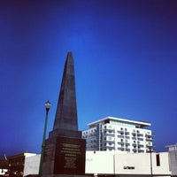 Photo taken at Monumento a las 4 Veces Heroica Veracruz by Ando on 12/24/2012