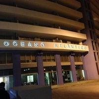 Foto tirada no(a) Oceano Atlântico Apartments por Eddie Pipocas em 11/24/2012