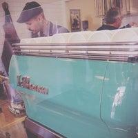 Photo prise au Menotti's Coffee Stop par arne m. le10/7/2013