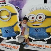 Foto tomada en Robinsons MovieWorld por Jonathan B. el 7/8/2013