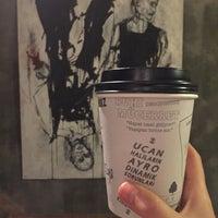 11/5/2015 tarihinde rookieicon z.ziyaretçi tarafından Twins Coffee Roasters'de çekilen fotoğraf