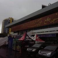Photo taken at Masjid Agung Baiturrahman Simpang 5,Semarang by Lukman H. on 7/14/2013
