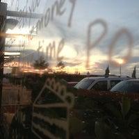 9/10/2013 tarihinde Ercanziyaretçi tarafından Caribou Coffee'de çekilen fotoğraf
