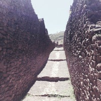 Photo taken at Ruinas Piquillaqtay by Márlon L. on 4/20/2013