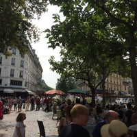 Photo taken at Les 5 by Canan on 8/27/2017