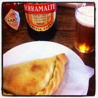 Das Foto wurde bei Empanadas Bar von Andre E. am 10/12/2012 aufgenommen