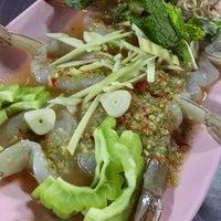 Photo taken at ร้านชัยโภชนา by Sawanya L. on 4/5/2017
