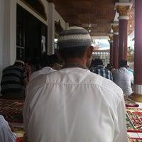 Photo taken at Mesjid Babussalam by Reza I. on 4/26/2013