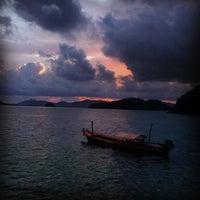 Снимок сделан в TopTouragent Phuket Seaview Point пользователем Анна-Алиса Ч. 8/28/2014