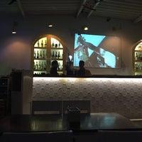 รูปภาพถ่ายที่ Hoppipola - All Day Bar & Bonhomie โดย Swadha J. เมื่อ 9/20/2015