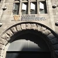 Das Foto wurde bei Guinness Storehouse von Tom S. am 7/20/2013 aufgenommen