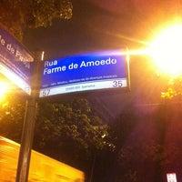 Photo taken at Rua Farme de Amoedo by Vinicius Y. on 11/14/2012