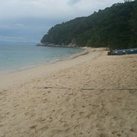 Photo taken at Bubbles Dive Resort by A3 G. on 9/8/2014