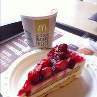 Photo taken at McDonald's by Mayumi I. on 9/27/2012