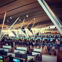 Foto tirada no(a) Aeroporto International da Cidade do Cabo (CPT) por Prud T. em 3/27/2013