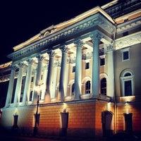 Снимок сделан в Александринский театр пользователем Anastasiya B. 5/4/2013