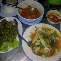 Photo taken at Wajir Seafood by Erwin N. on 10/25/2012