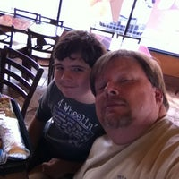 Photo taken at Taco Bell by Vernon H. on 11/23/2013