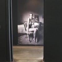 Photo prise au Musée de la Photographie par Joel le4/22/2017