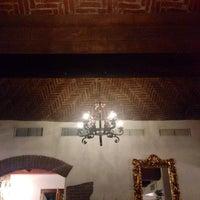 Photo taken at Romeo y Julieta Restaurant by Priscilla J. on 7/22/2014