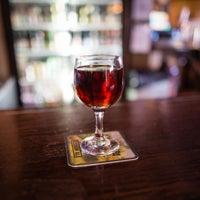 Foto tirada no(a) The Pub on Passyunk East por Damian P. em 3/10/2013