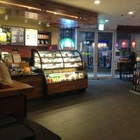 Photo taken at Starbucks by Nadan J. on 2/26/2013
