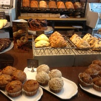 9/21/2013 tarihinde Totsaporn I.ziyaretçi tarafından Panera Bread'de çekilen fotoğraf