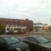 รูปภาพถ่ายที่ Starbucks โดย Totsaporn I. เมื่อ 11/11/2012