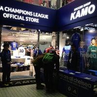 12/15/2012にmacacoがサッカーショップKAMO 渋谷店で撮った写真