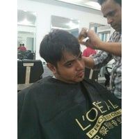 Photo taken at BLUE Mens Salon : A Shahnaz Husain @ EVES Concern by Sayed Mohammad F. on 9/13/2013