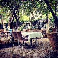 รูปภาพถ่ายที่ Kanatcı Aga Restoran โดย Mehmet เมื่อ 10/16/2013